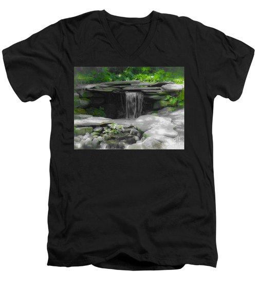 Verde Falls Men's V-Neck T-Shirt