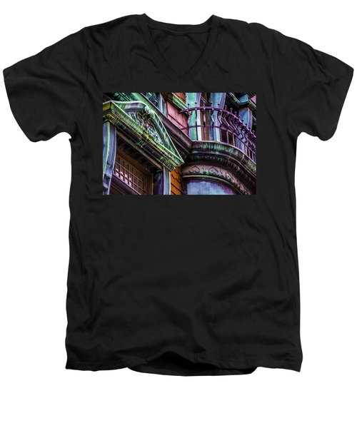 Victorian Color Men's V-Neck T-Shirt