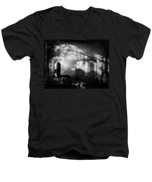 Vintage Daylily In Sepia Men's V-Neck T-Shirt