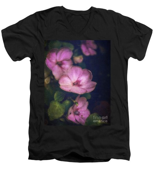 Vintage Impatiens Men's V-Neck T-Shirt