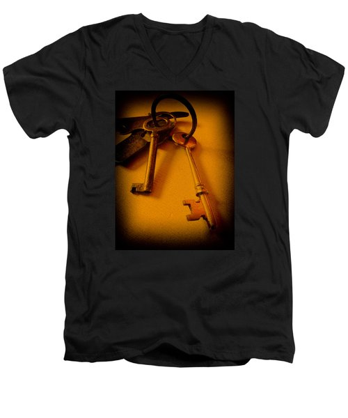 Vintage Keys Deep Antiqued Vignette Men's V-Neck T-Shirt