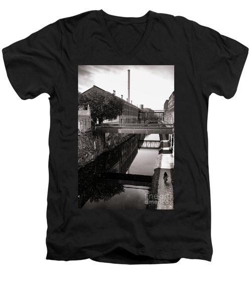 Walking Along The C And O Men's V-Neck T-Shirt
