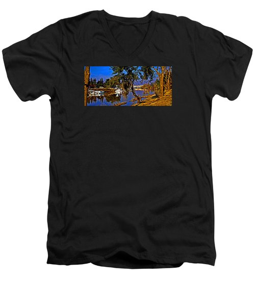 Walnut Grove Ca Men's V-Neck T-Shirt