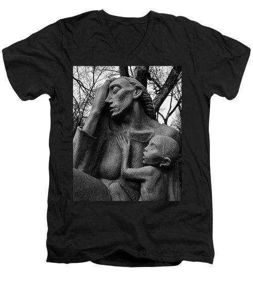 War Mother By Charles Umlauf In Black And White Men's V-Neck T-Shirt