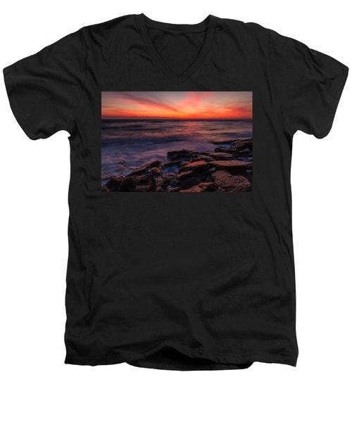 Washington Oaks Winter Sunrise Men's V-Neck T-Shirt