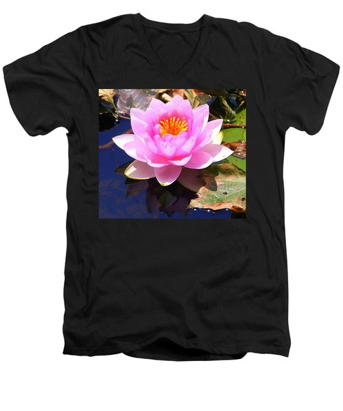 Water Lily In Pink Men's V-Neck T-Shirt