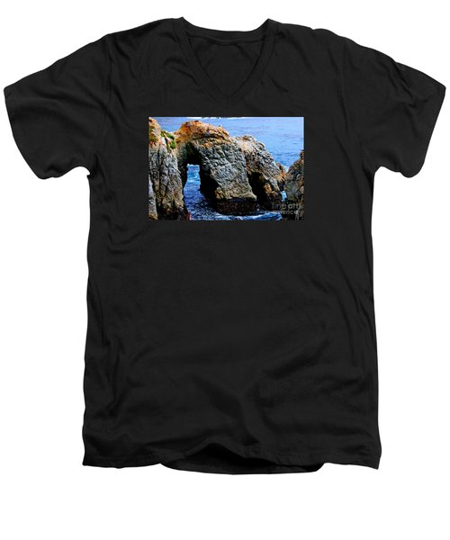 Water Tunnel Men's V-Neck T-Shirt