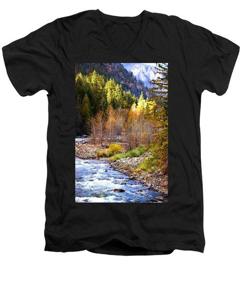 Wenatchee River - Leavenworth - Washington Men's V-Neck T-Shirt