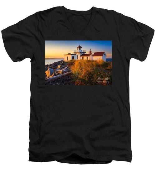 West Point Lighthouse Men's V-Neck T-Shirt