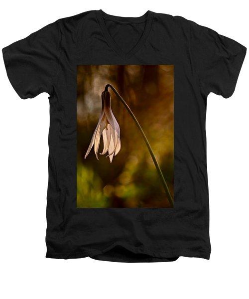 White Dogtooth Violet Men's V-Neck T-Shirt