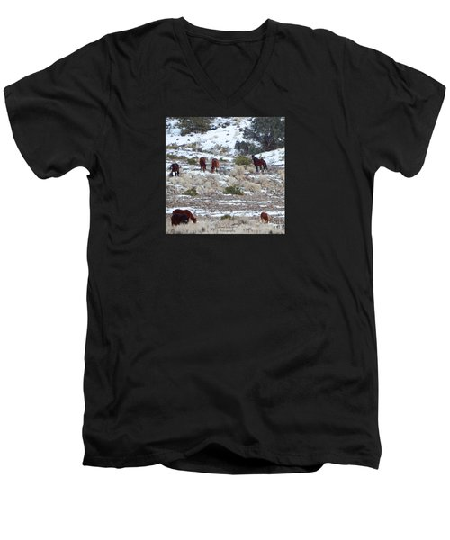Wild Mustangs In A Nevada Winter Men's V-Neck T-Shirt