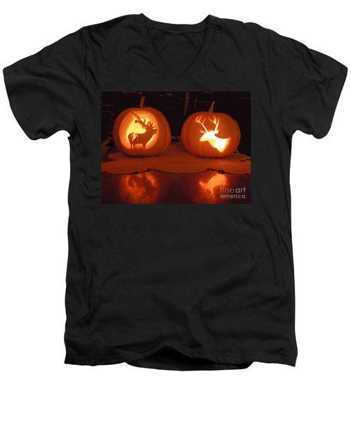 Wildlife Halloween Pumpkin Carving Men's V-Neck T-Shirt