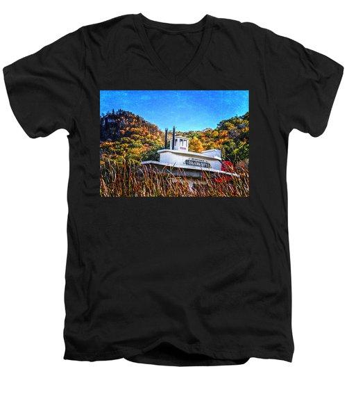 Winona Steamboat Sign Men's V-Neck T-Shirt