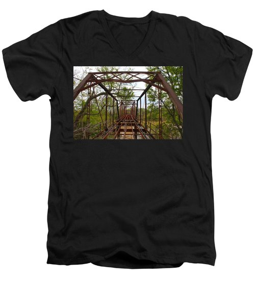 Woodburn Bridge Indianola Ms Men's V-Neck T-Shirt