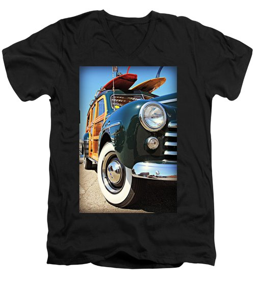 Woodie On The Wharf Men's V-Neck T-Shirt