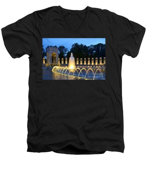 World War II Memorial Men's V-Neck T-Shirt by Allen Beatty