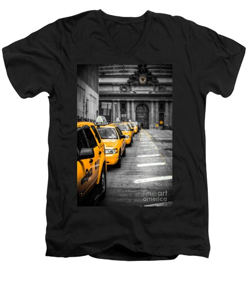 Yellow Cabs Waiting - Grand Central Terminal - Bw O Men's V-Neck T-Shirt by Hannes Cmarits