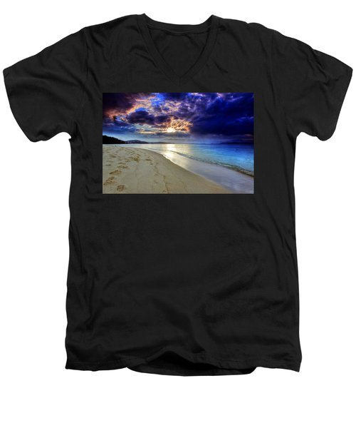 Port Stephens Sunset Men's V-Neck T-Shirt by Paul Svensen