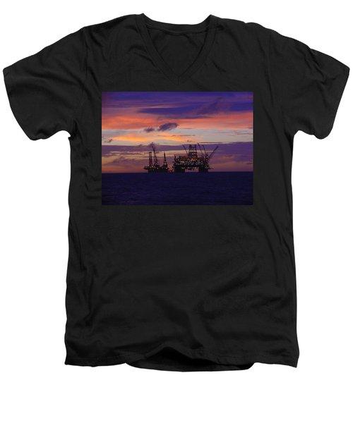 Thunder Horse Before The Storm Men's V-Neck T-Shirt