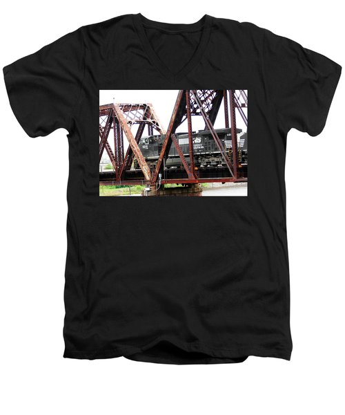 9215 Southern Cargo Train Men's V-Neck T-Shirt
