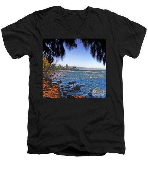 Beach On North Shore Of Oahu Men's V-Neck T-Shirt