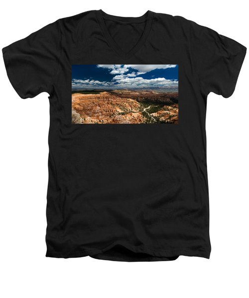 Bryce Canyon Ampitheater Men's V-Neck T-Shirt