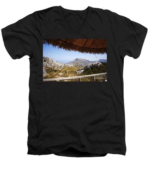 Calobras Road Men's V-Neck T-Shirt