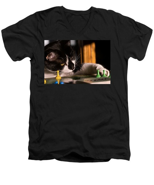 Cat Playing A Game Men's V-Neck T-Shirt