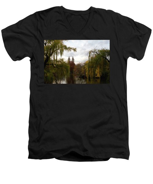 Central Park Autumn Men's V-Neck T-Shirt