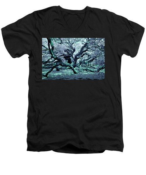 Charleston's Angel Oak Men's V-Neck T-Shirt