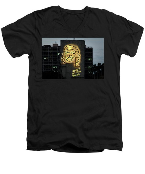 Che Guevera II Men's V-Neck T-Shirt