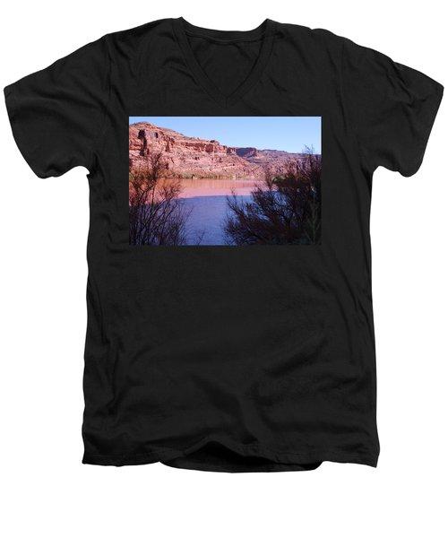 Colorado River After Rain - Utah Men's V-Neck T-Shirt