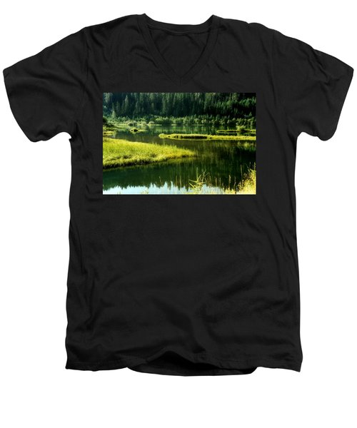 Fishing The Still Water Men's V-Neck T-Shirt