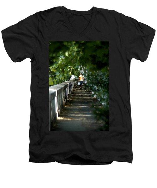 Fume Tevere Men's V-Neck T-Shirt