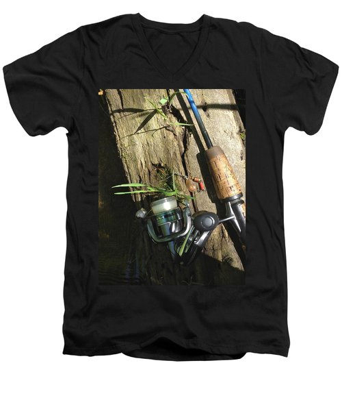 Gear Men's V-Neck T-Shirt