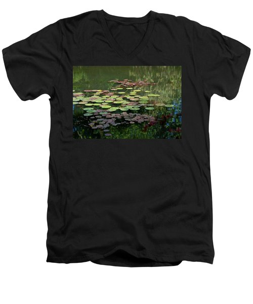 Giverny Lily Pads Men's V-Neck T-Shirt