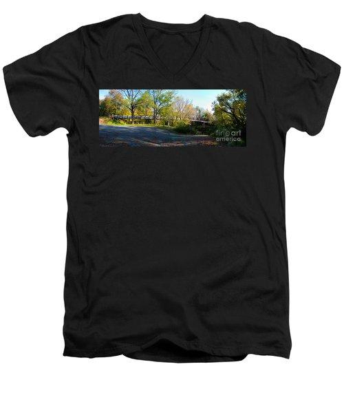 Historic Camelback Bridge Men's V-Neck T-Shirt