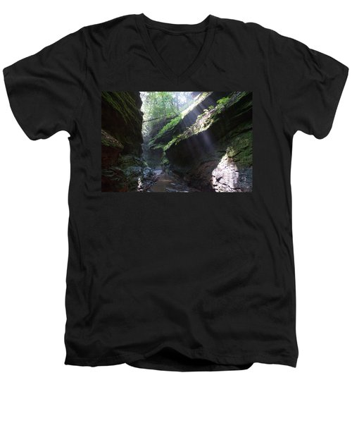 In The Cleft Of The Rock Men's V-Neck T-Shirt