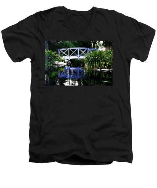 Kalmar Reflection Men's V-Neck T-Shirt