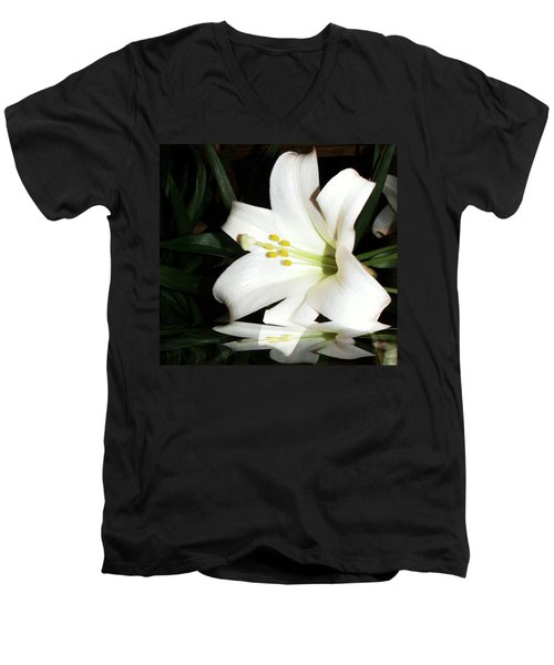 Lily Reflection Men's V-Neck T-Shirt