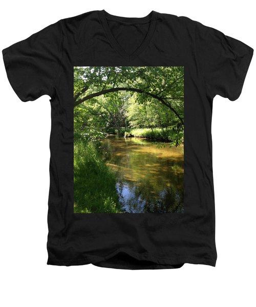 Little South Arch Men's V-Neck T-Shirt
