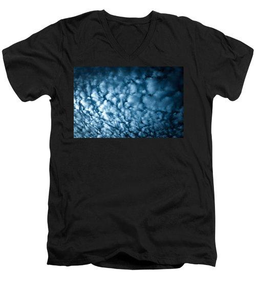 London Fluff Men's V-Neck T-Shirt