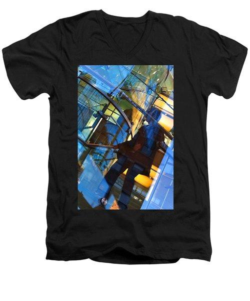 New York Apple Men's V-Neck T-Shirt