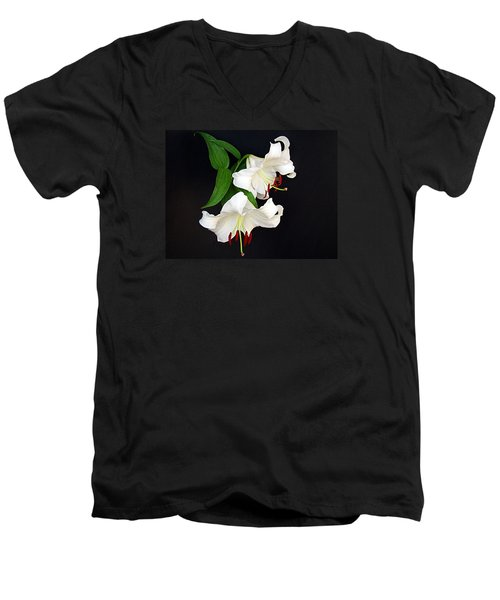 Men's V-Neck T-Shirt featuring the photograph Newly Opened by Nick Kloepping