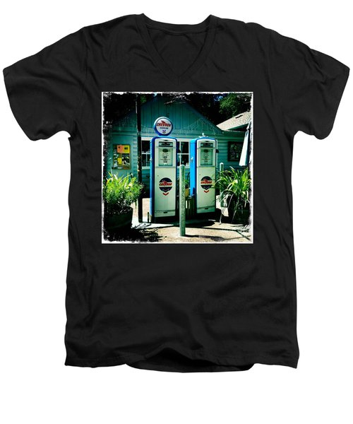 Old Fashioned Gas Station Men's V-Neck T-Shirt by Nina Prommer