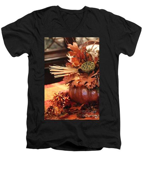 Pumpkin Leaf Decor Men's V-Neck T-Shirt