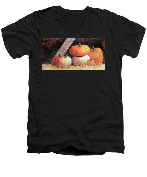 Pumpkins In Barn Men's V-Neck T-Shirt