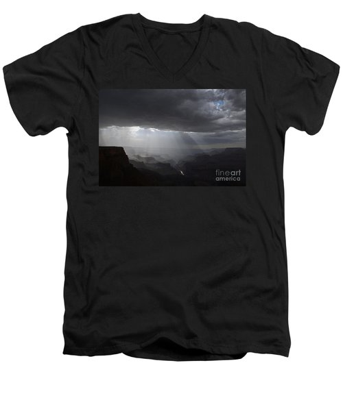 Rays In The Canyon Men's V-Neck T-Shirt