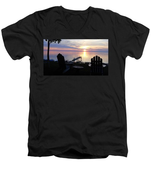 Resting Companions Men's V-Neck T-Shirt