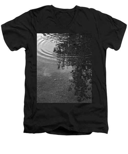 Men's V-Neck T-Shirt featuring the photograph Rippled Tree by Kume Bryant